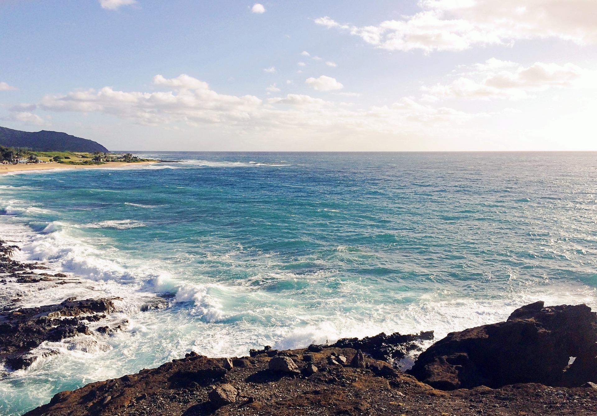 beach-907573_1920.jpg
