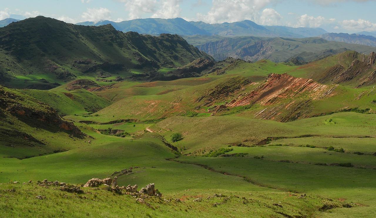 andean-landscape-75858_1280.jpg