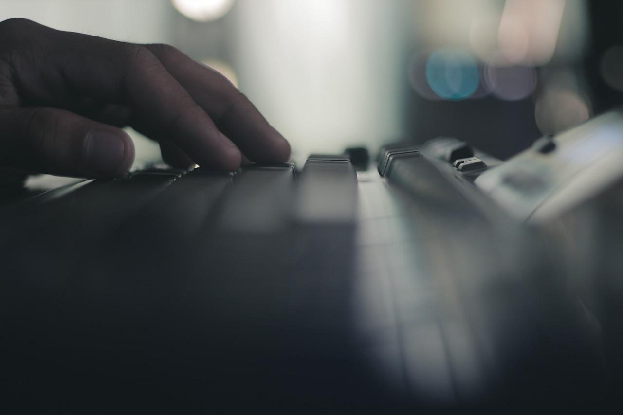 computer-1844996_1280.jpg