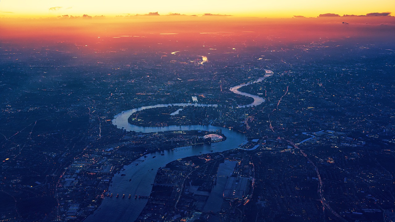 london-3841024_1280.jpg