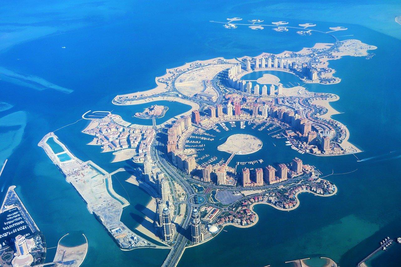 artificial-islands-3850752_1280.jpg
