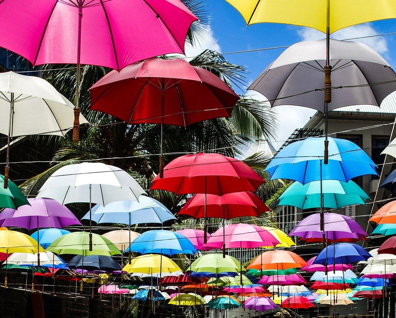 umbrellas-1627680_1280