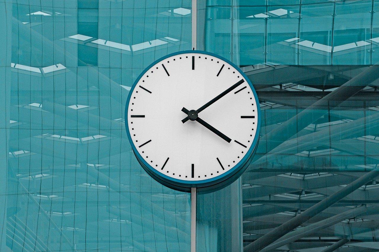 clock-2645746_1280
