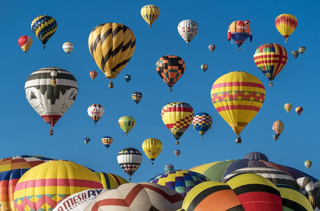hot-air-balloons-1867279_1280