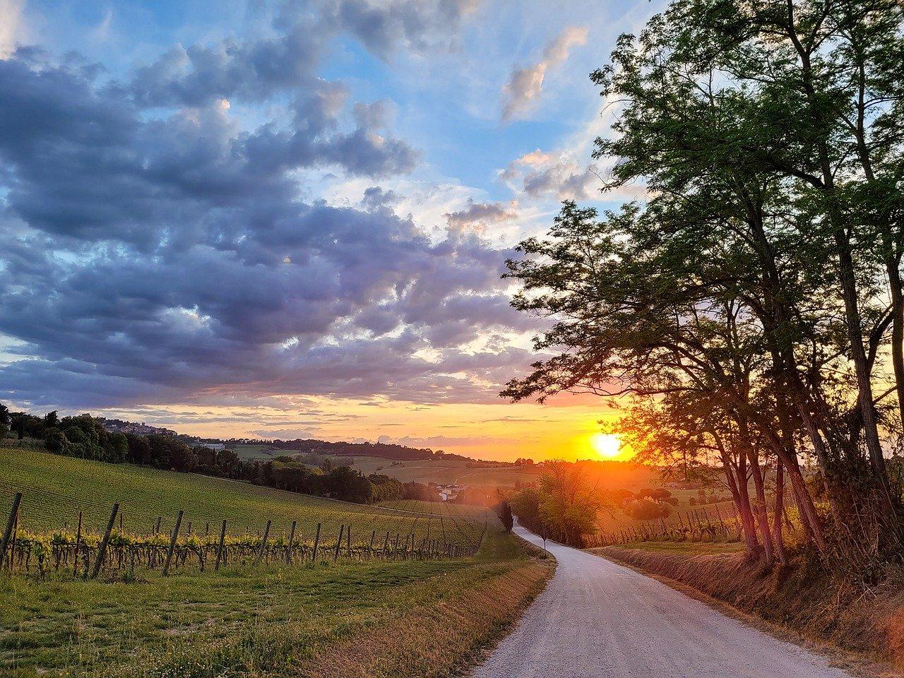 sunset-6257343_1280