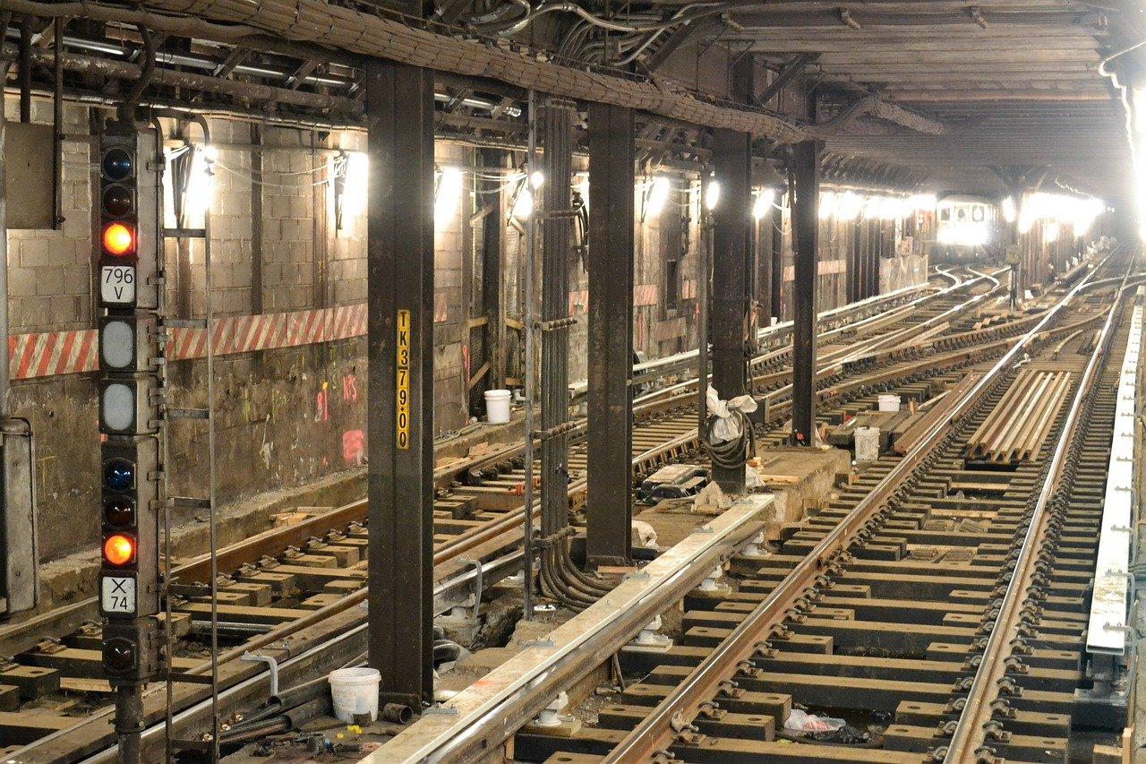 underground-6135395_1280