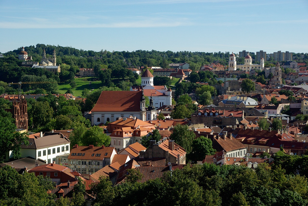 A Guide to 5G Spectrum Auctions in Eastern Europe: the
