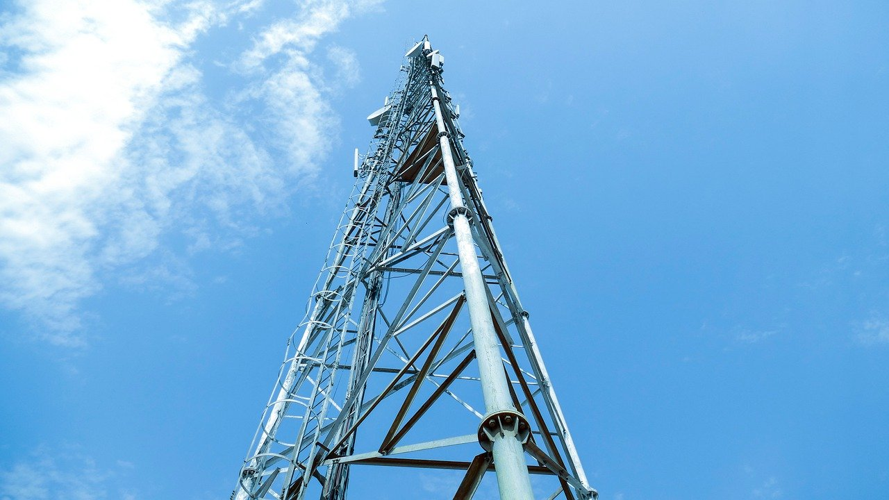 Tower Talk: Meet the Companies Buying Latin America's Cell Towers